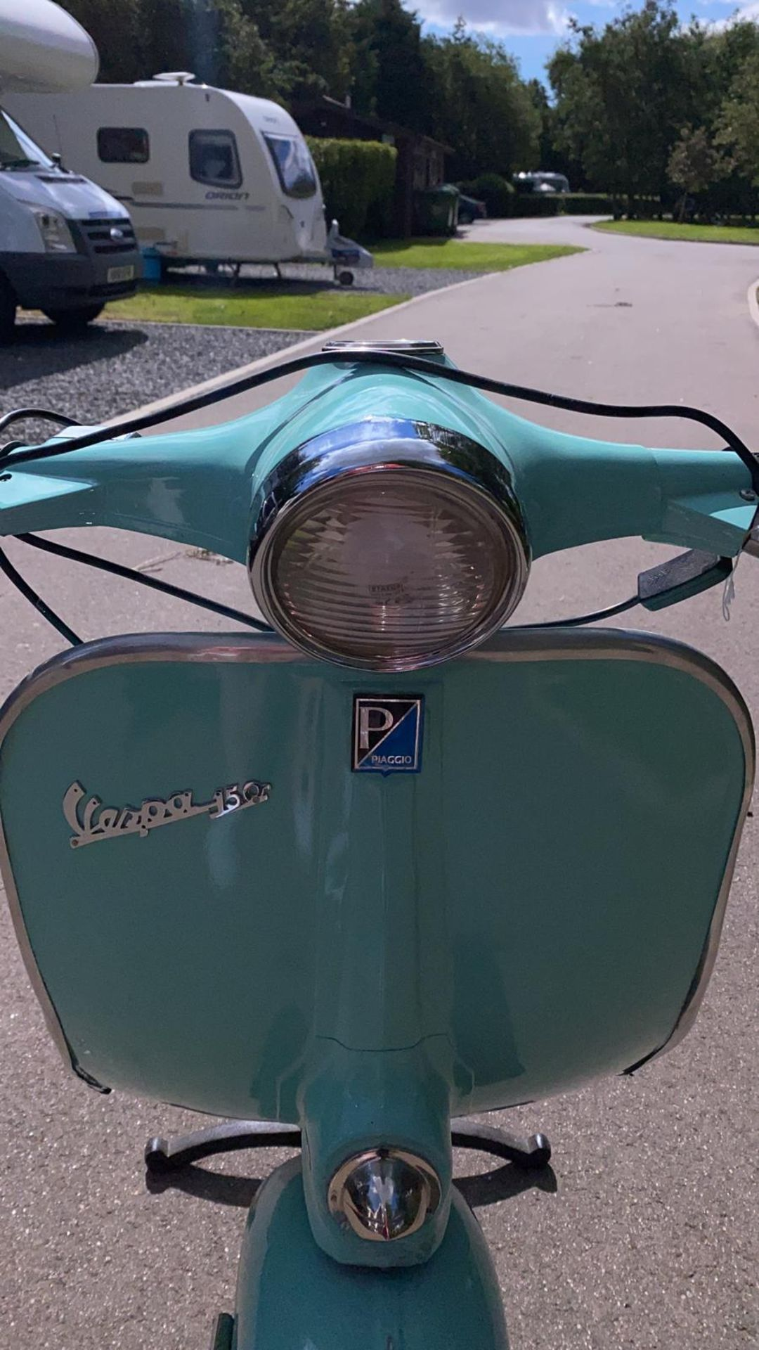 PIAGGIO VESPA 150 FRONT LIGHT ON A 3 PIN PLUG THROUGH THE HEADLIGHT *NO VAT* - Image 5 of 8