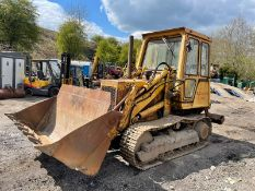 Cat 931B Drott With Multi Tyne Ripper, 3 In 1 Bucket, Runs Drives And Lifts, Showing 6310 Hours