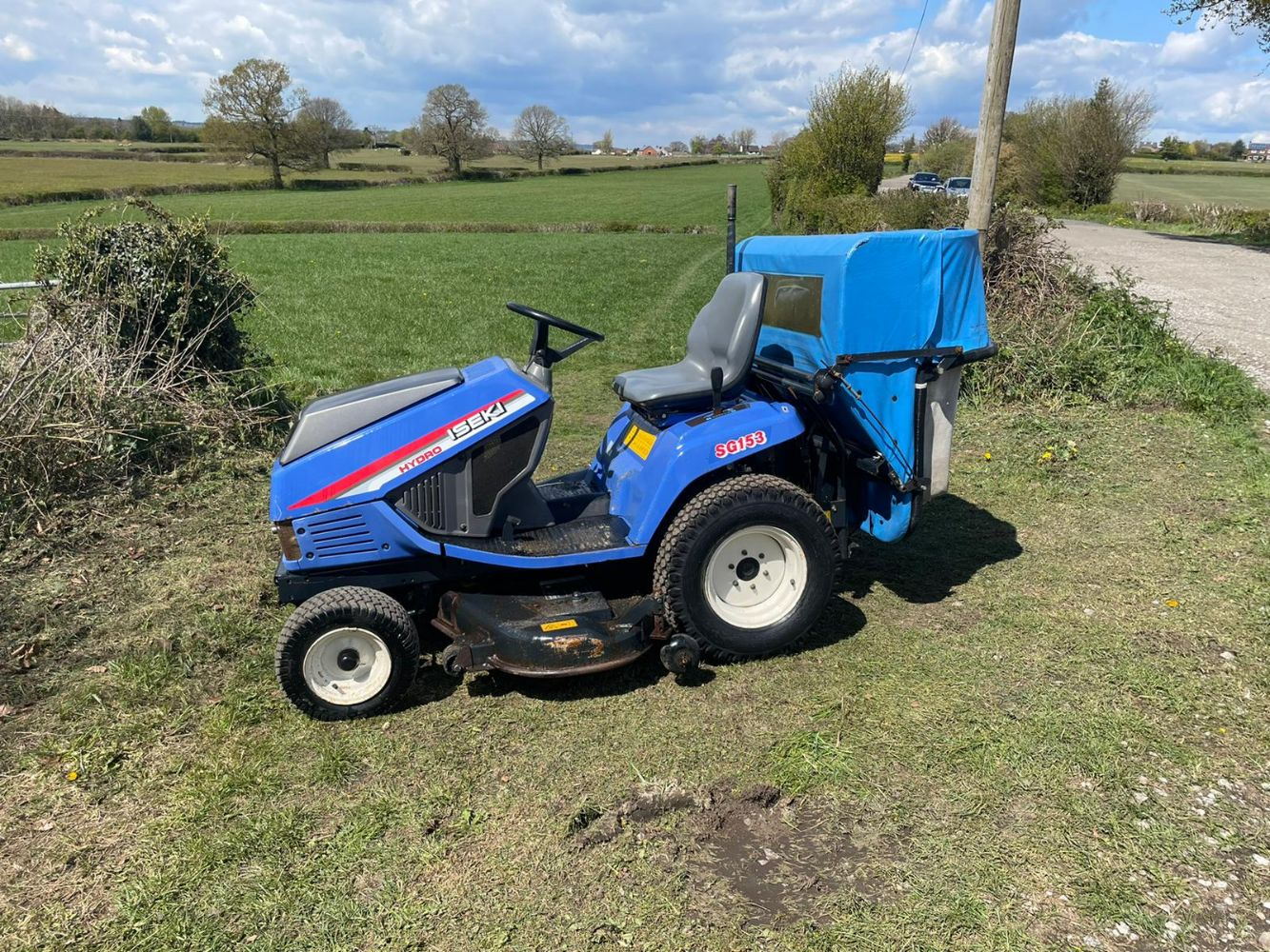 ISEKI SG153 RIDE ON MOWER, WINBULL WB07B TRACKED DUMPER, MIXER, TAG WATCHES, TWIN DECK TRANSPORTER, ONEPLUS 8 PRO ALL ENDS FROM 7PM SUNDAY