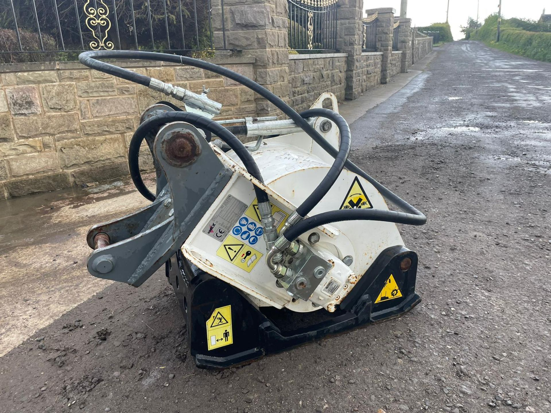 2011 SIMEX PLB 300 ROAD PLANER,HYDRAULIC DRIVEN, NOT DONE MUCH WORK, SUITABLE FOR EXCAVATOR PLUS VAT - Image 3 of 6
