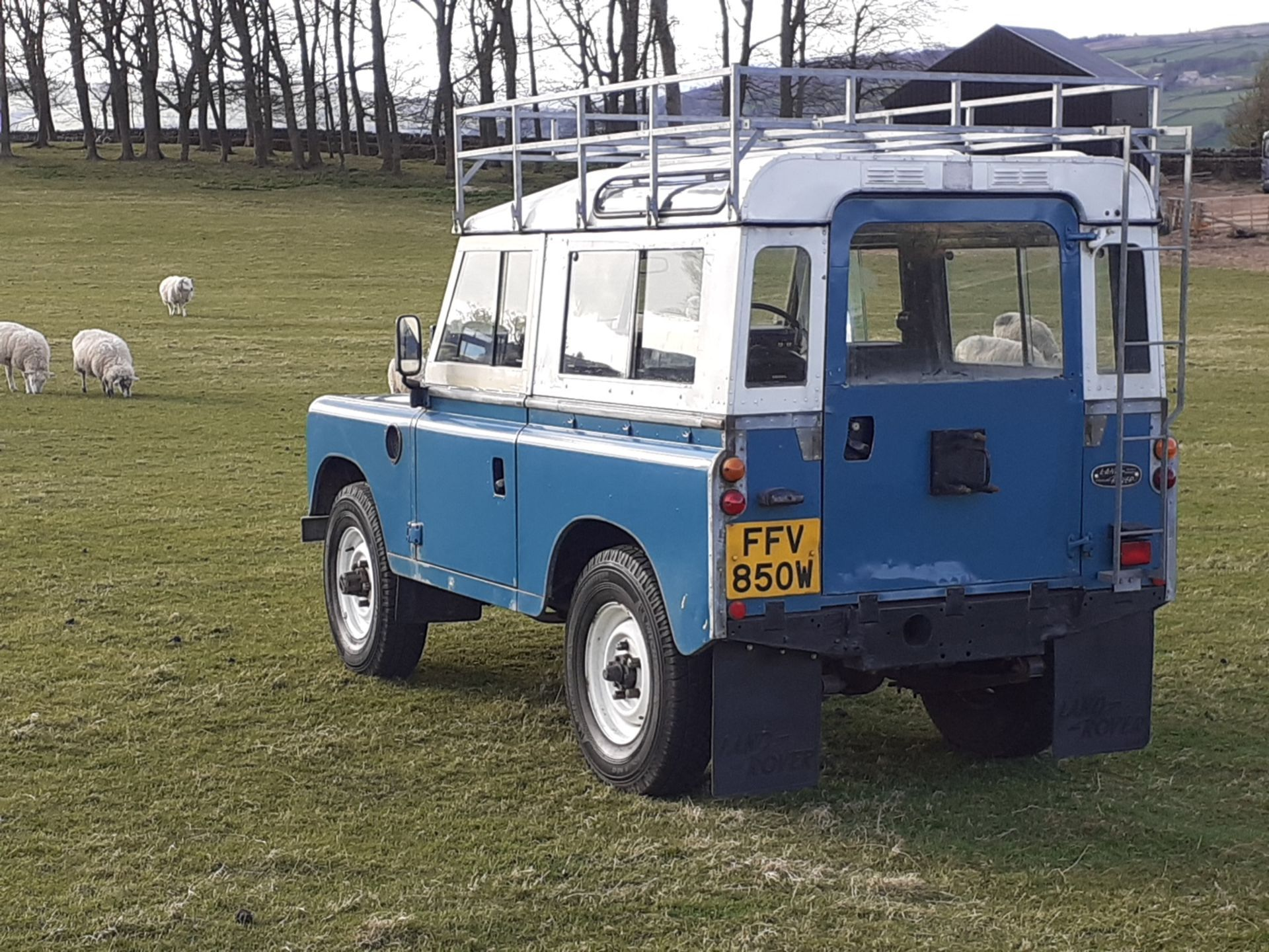 1980 LAND ROVER SERIES III CLASSIC STATION WAGON, TAX AND MOT EXEMPT *NO VAT* - Image 8 of 22