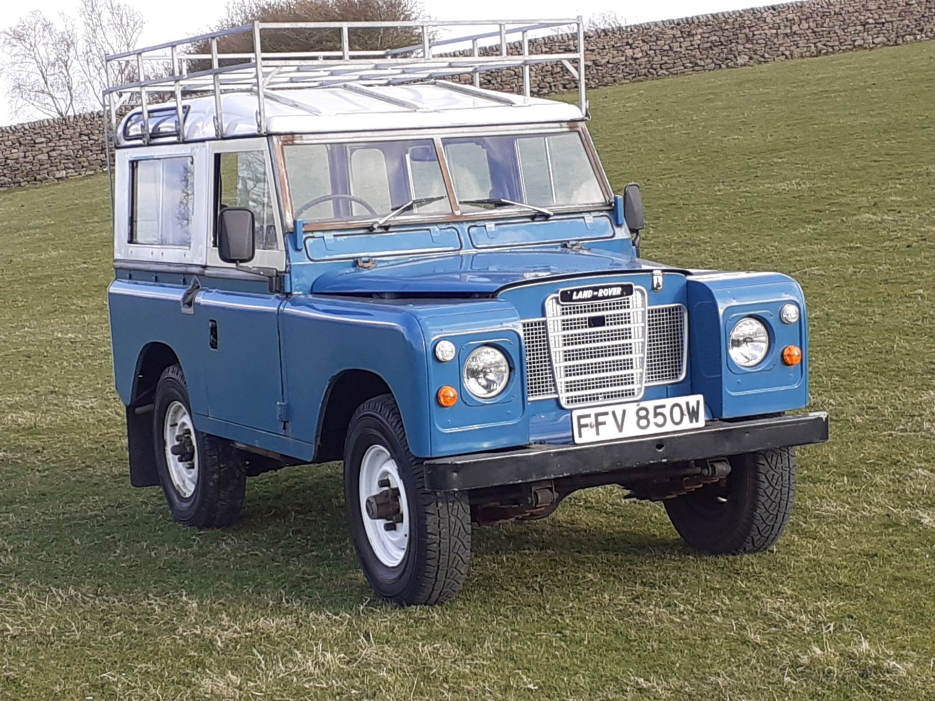 1980 LAND ROVER SERIES III CLASSIC STATION WAGON, TAX AND MOT EXEMPT *NO VAT* - Image 12 of 22