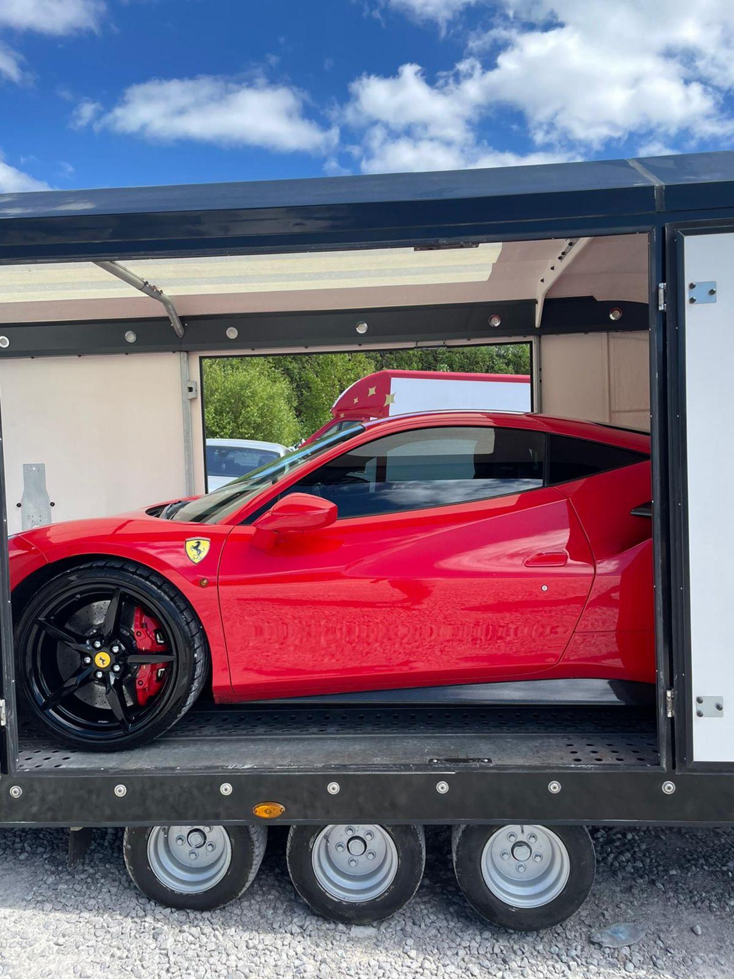 2016 FERRARI 488 GTB 2DR RED COUPE, PETROL, AUTOMATIC, 11K MILES, LEFT HAND DRIVE *NO VAT* - Image 8 of 22