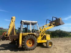 JCB 3CX DIGGER LOADER, RUNS DRIVES AND DIGS, FORKS AND BUCKET ON THE FRONT *PLUS VAT*