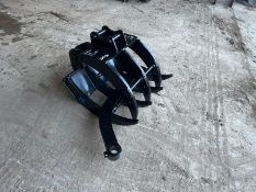 NEW AND UNUSED 2020 7 PIECE FINGER GRAB, SUITABLE FOR MINI DIGGER/EXCAVATOR, 25mm PINS *NO VAT*