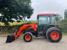 2005/55 KUBOTA L5030D TRACTOR WITH FRONT LOADER AND BUCKET, SHOWING A LOW 1263 HOURS *PLUS VAT*