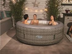 CLEVERSPA FLORENCE 6 PERSON RATTAN HOT TUB, 130 POWERFUL MASSAGING AIR JETS *NO VAT*