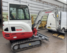 2020 TAKEUCHI TB230 3 TON EXCAVATOR / DIGGER, ONLY 27HRS WARRANTED, AS NEW C/W HYDRAULIC QUICK HITCH