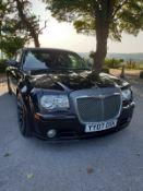 2007 CHRYSLER 300C SRT-8 AUTO BLACK 4 DOOR SALOON, 6.1 PETROL ENGINE, SHOWING 70K MILES *NO VAT*