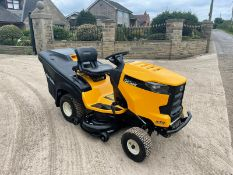 2018 CUB CADET XT2 RIDE ON MOWER, RUNS DRIVES AND CUTS, SHOWING A LOW AND GENUINE 25.7 HOURS *NO VAT