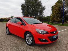 2013 VAUXHALL ASTRA ENERGY CDTI RED HATCHBACK, 1.7 DIESEL, SHOWING 2 PREVIOUS KEEPERS