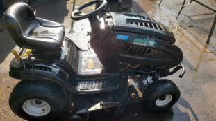 MTD 75 RIDE ON MOWER, STARTS DRIVES AND CUTS, RARE BIG 25hp ENGINE *NO VAT*