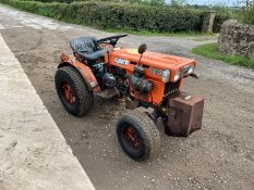 KUBOTA B5100 COMPACT TRACTOR WITH UNDERSLUNG DECK, RUNS DRIVES AND WORKS, GRASS TYRES *PLUS VAT*