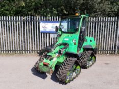 AVANT 750, 2439 HOURS ON THE CLOCK, YEAR OF MANUFACTURE 2014, FULL CAB, C/W BUCKET *PLUS VAT*
