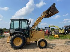 FORD 655D WHEEL DIGGER, RUNS DRIVES AND LIFTS, ROAD REGISTERED, FULLY GLASS CAB *PLUS VAT*