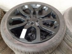 4 x LAND ROVER RANGE ROVER ALLOY WHEELS WITH TYRES 275 40 22, 7mm TREAD, OVER £2500 NEW *NO VAT*