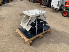 NEW AND UNUSED HANER HPC400 COMPACTION PLATE, PIPES ARE INCLUDED, WEIGHT 300kg *PLUS VAT*