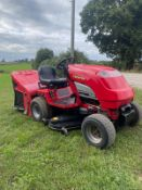 COUNTAX C600H 4 WHEEL DRIVE RIDE ON LAWN MOWER, RUNS DRIVES CUTS AND COLLECTS *NO VAT*