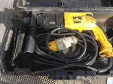 USED DEWALT DW563 110V HAMMER DRILL WITH CASE *NO VAT*