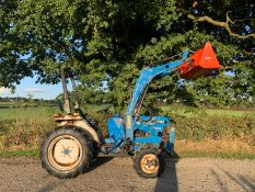 FORD 1720 28hp 4WD COMPACT TRACTOR WITH LEWIS 35Q FRONT LOADER AND BUCKET, RUNS DRIVES LIFTS WELL