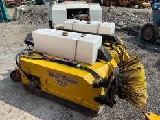 MULTI SWEEP 725 SWEEPER BUCKET, SUITABLE FOR PALLET FORKS, HYDRAULIC DRIVEN *PLUS VAT*