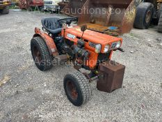 KUBOTA B5100 COMPACT TRACTOR WITH UNDERSLUNG MOWER, RUNS, DRIVES AND WORKS *PLUS VAT*