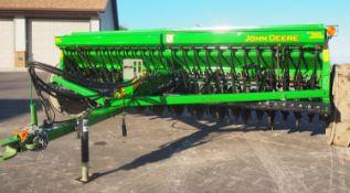 JD 450 12' GRAIN DRILL