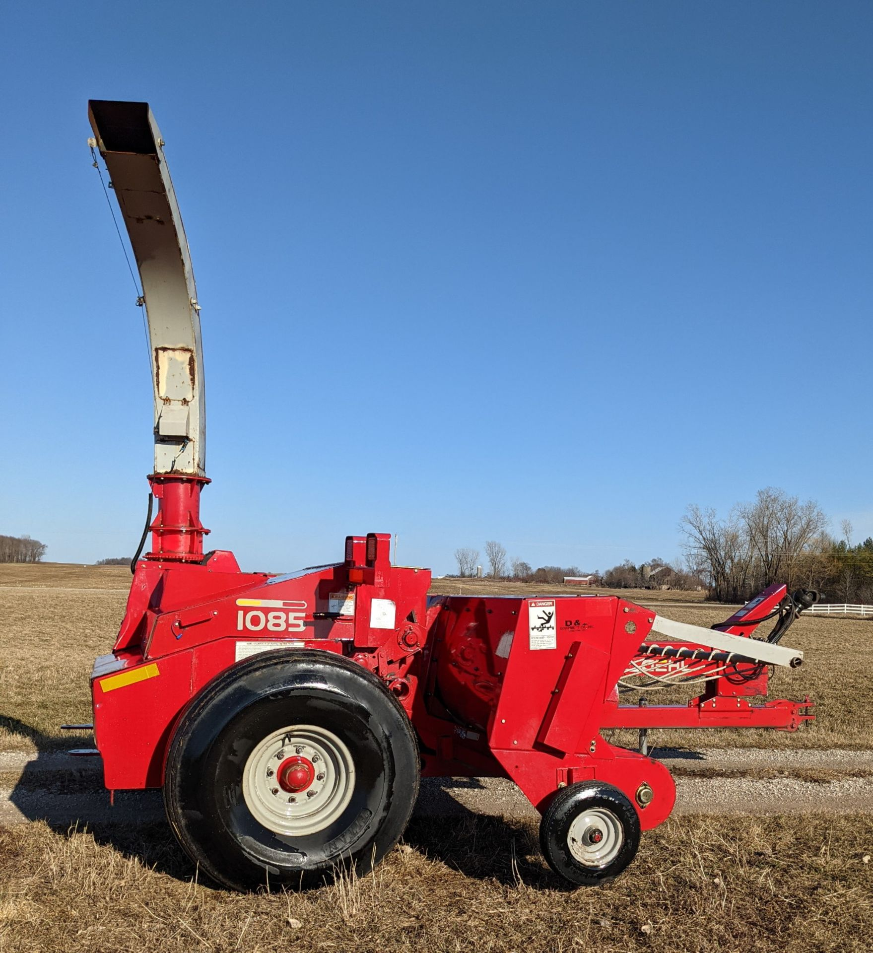 GEHL 1085 FORAGE CHOPPER W/WIDE HAYHEAD