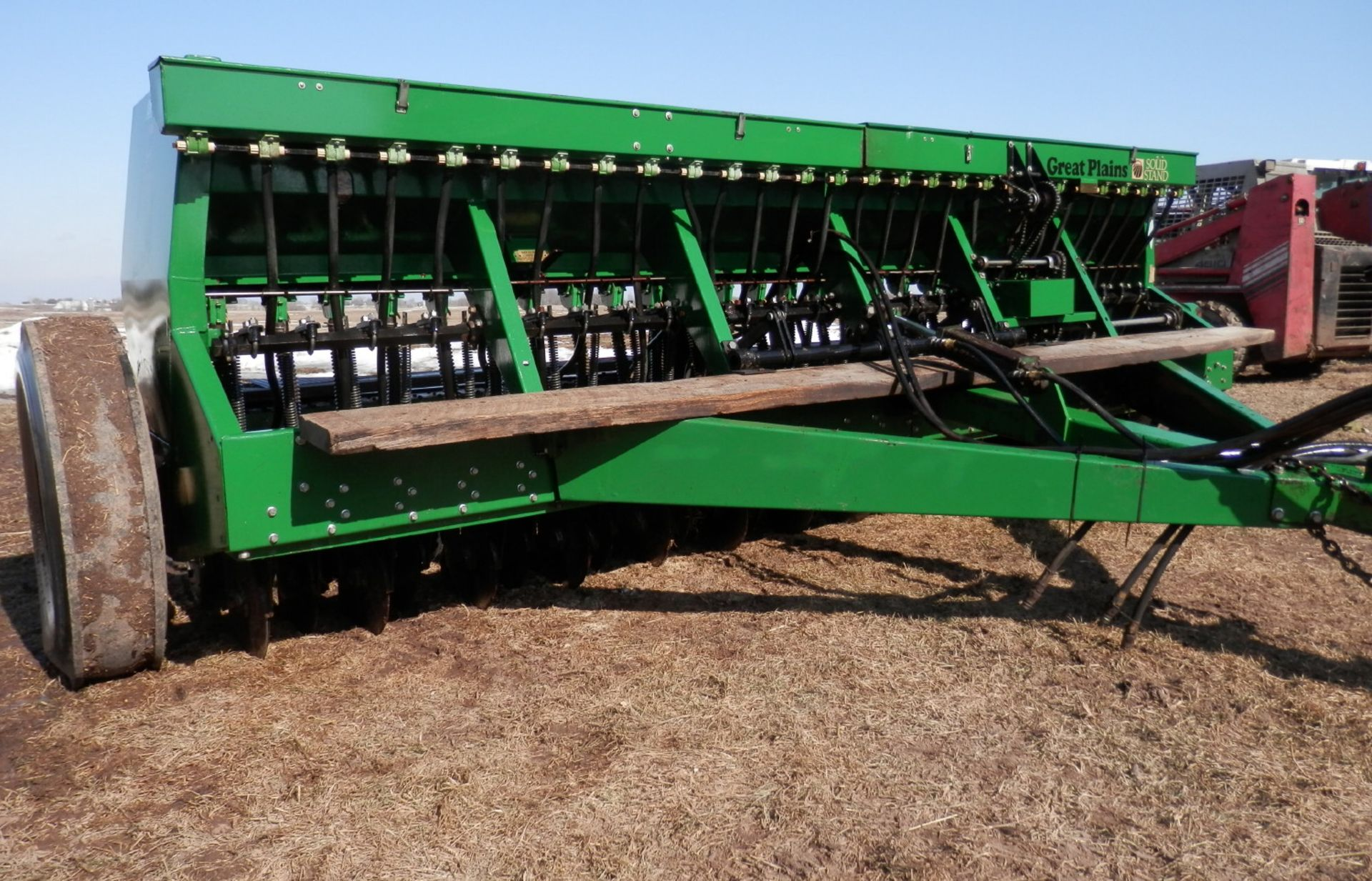 GREAT PLAINS SURESTAND 13 MDL EWD13-260693 26x6 GRAIN DRILL - Image 3 of 11