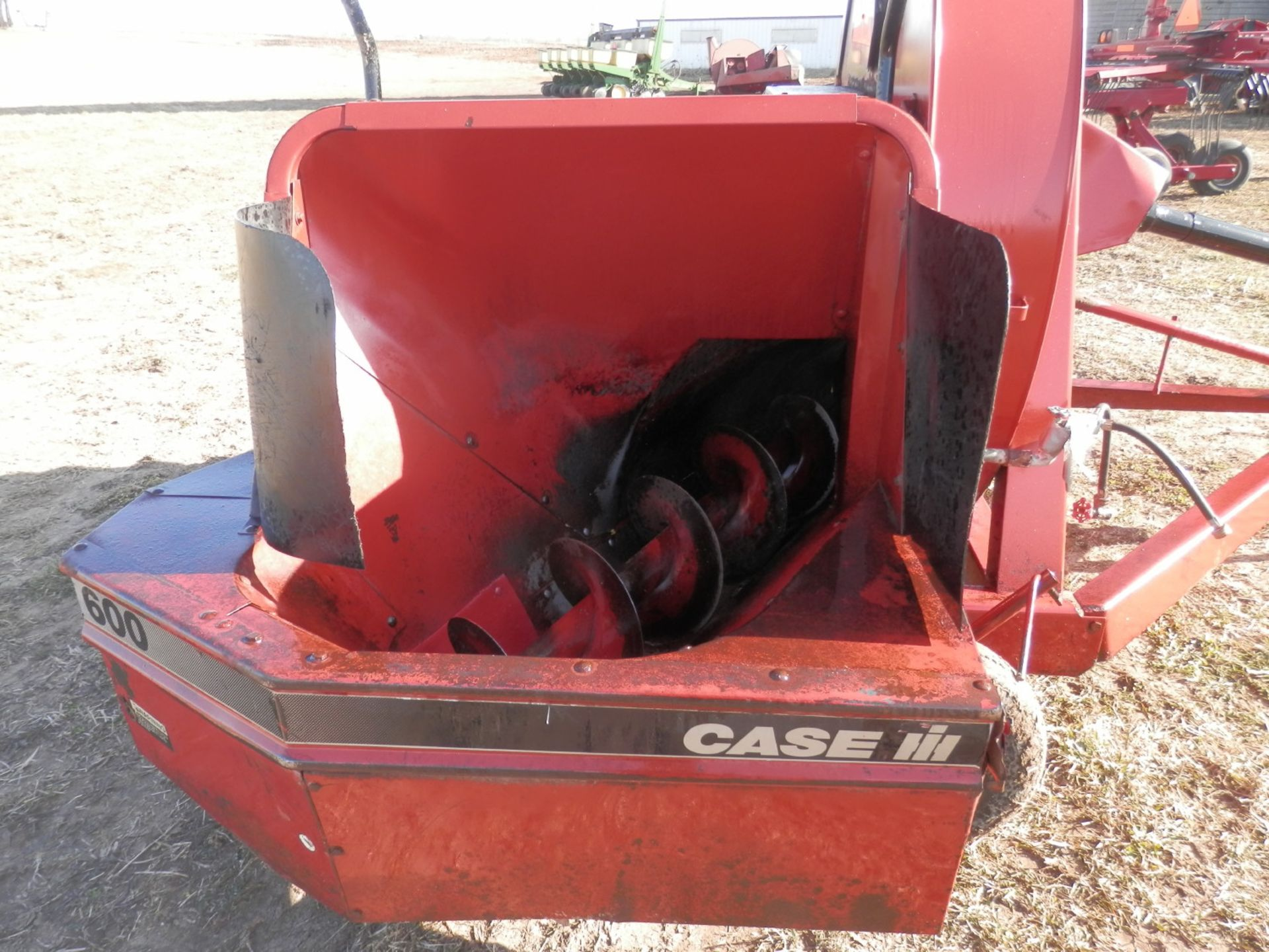 CASE IH 600 FORAGE BLOWER - Image 4 of 4