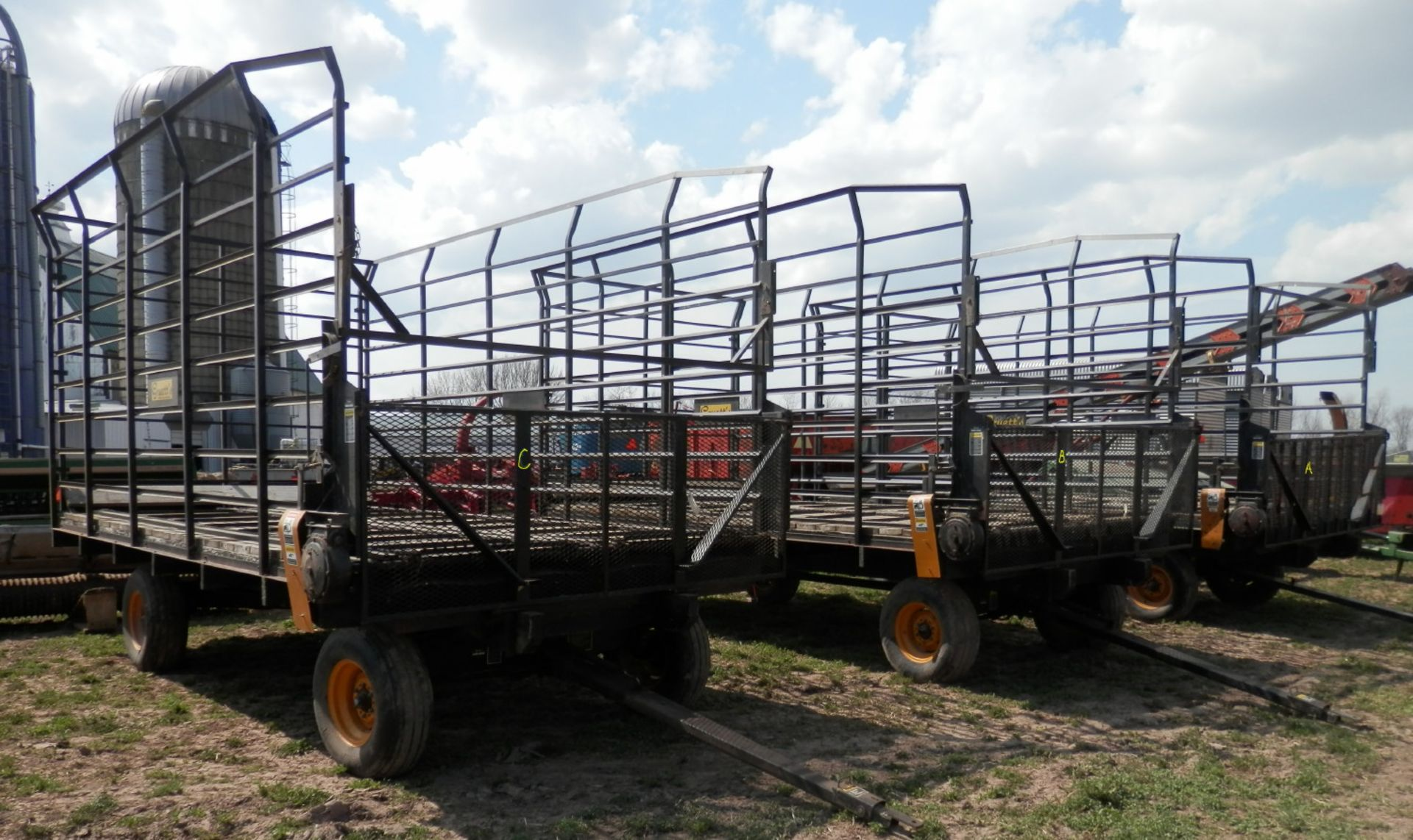 GRUETT 9X18 STEEL SIDE KICK BALE WAGONS, 3 AVAILABLE, SELLING CHOICE - Image 2 of 7