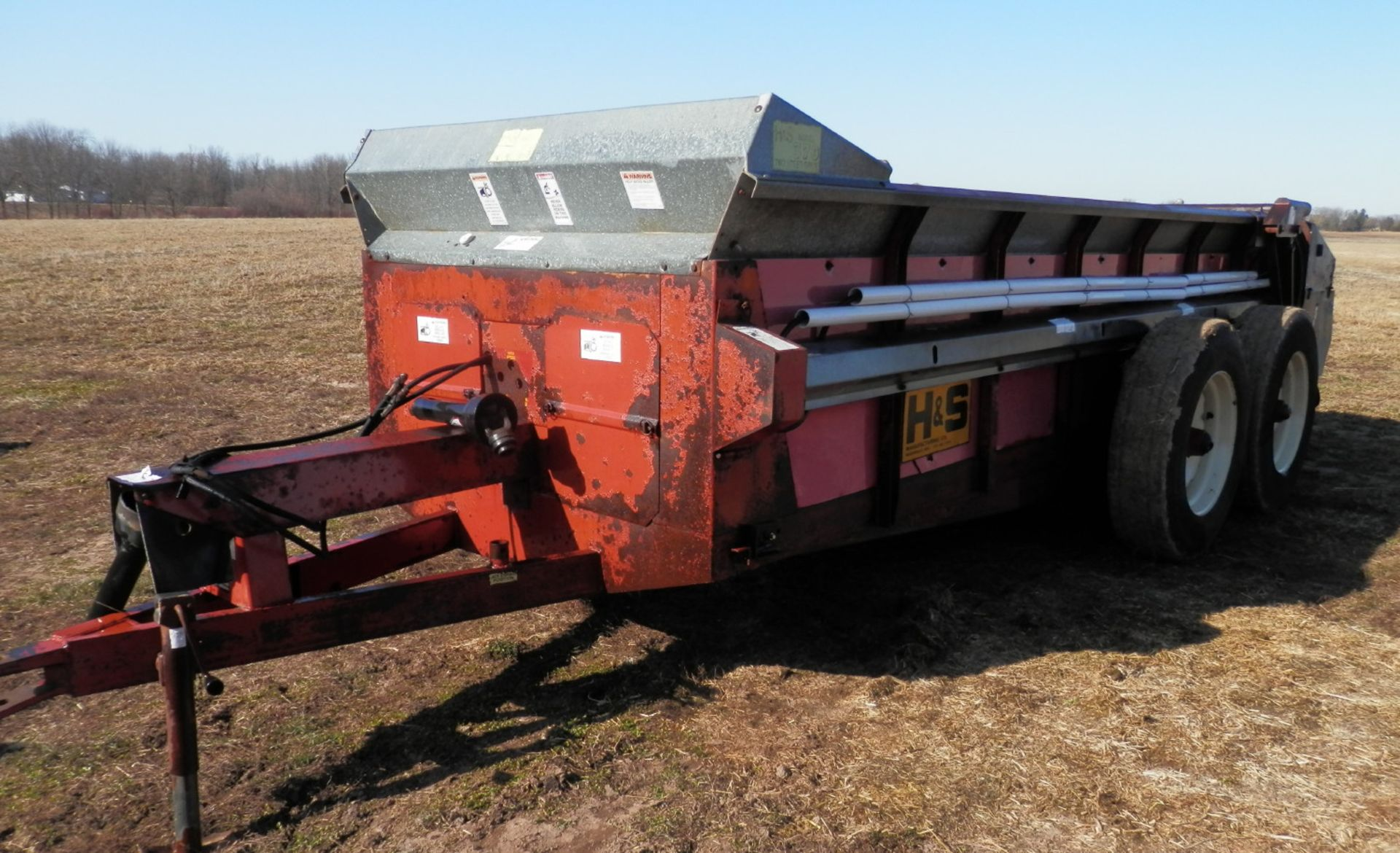 H&S 370 TANDEM AXLE MANURE SPREADER - Image 4 of 8