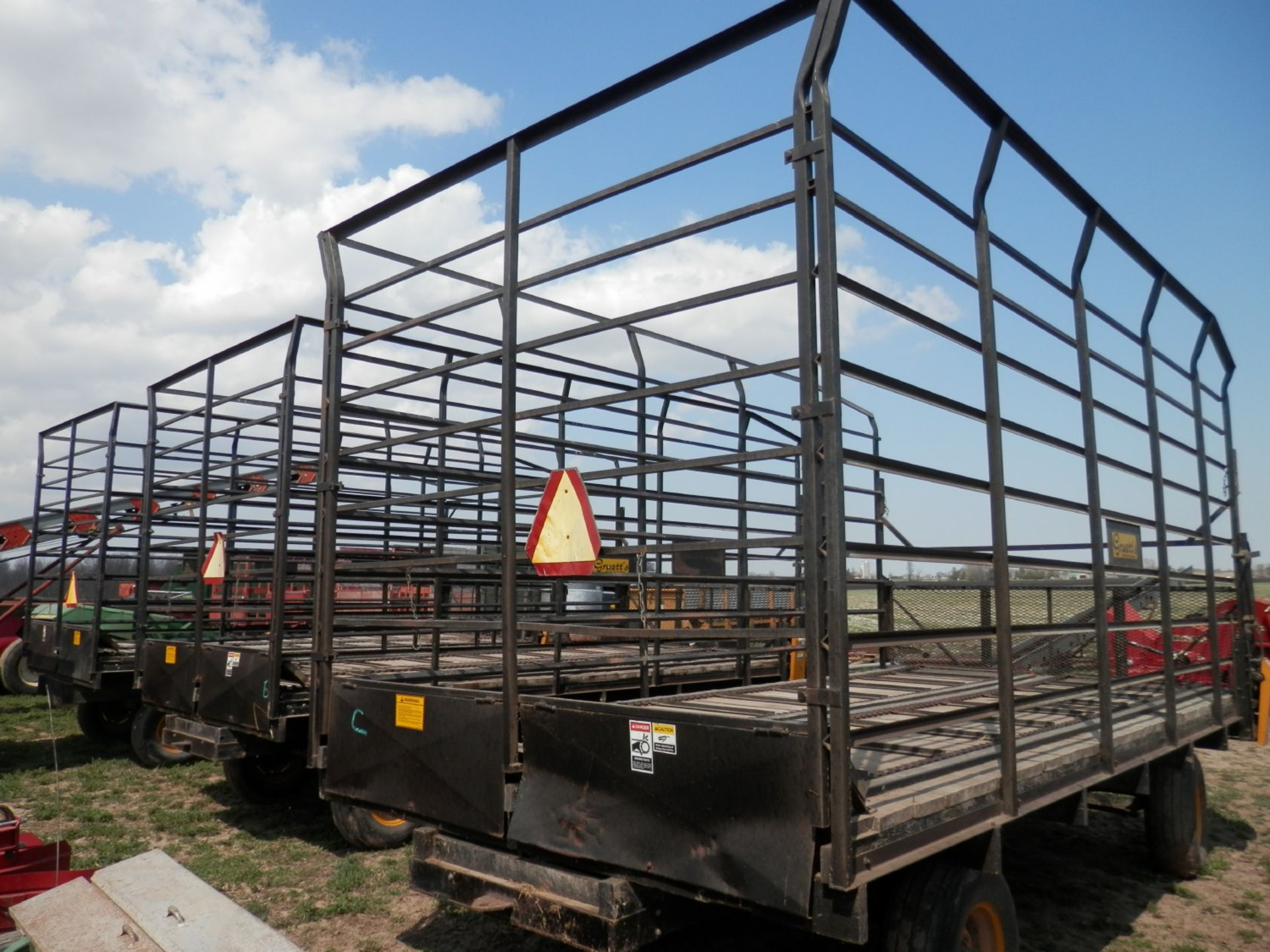 GRUETT 9X18 STEEL SIDE KICK BALE WAGONS, 3 AVAILABLE, SELLING CHOICE - Image 3 of 7