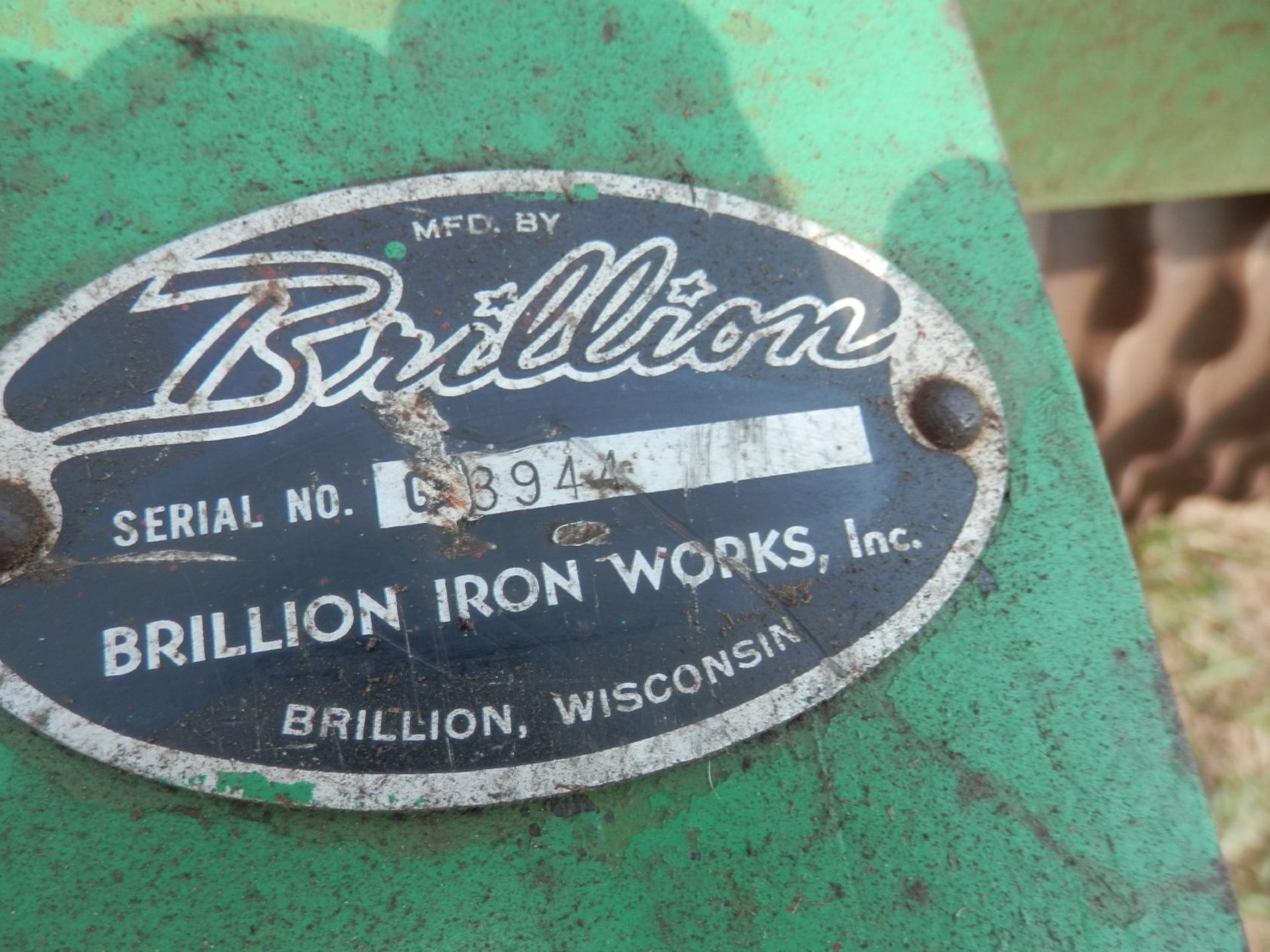 BRILLION 8' SEEDER - Image 3 of 3