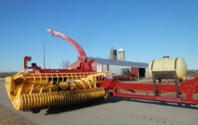 NEW HOLLAND FP240 FORAGE HARVESTOR COMPLETE PACKAGE W/HEADS