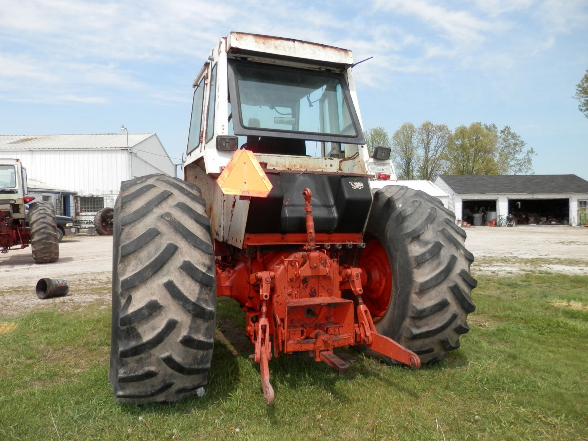 CASE 1570 AGRI KING TRACTOR - Image 3 of 8