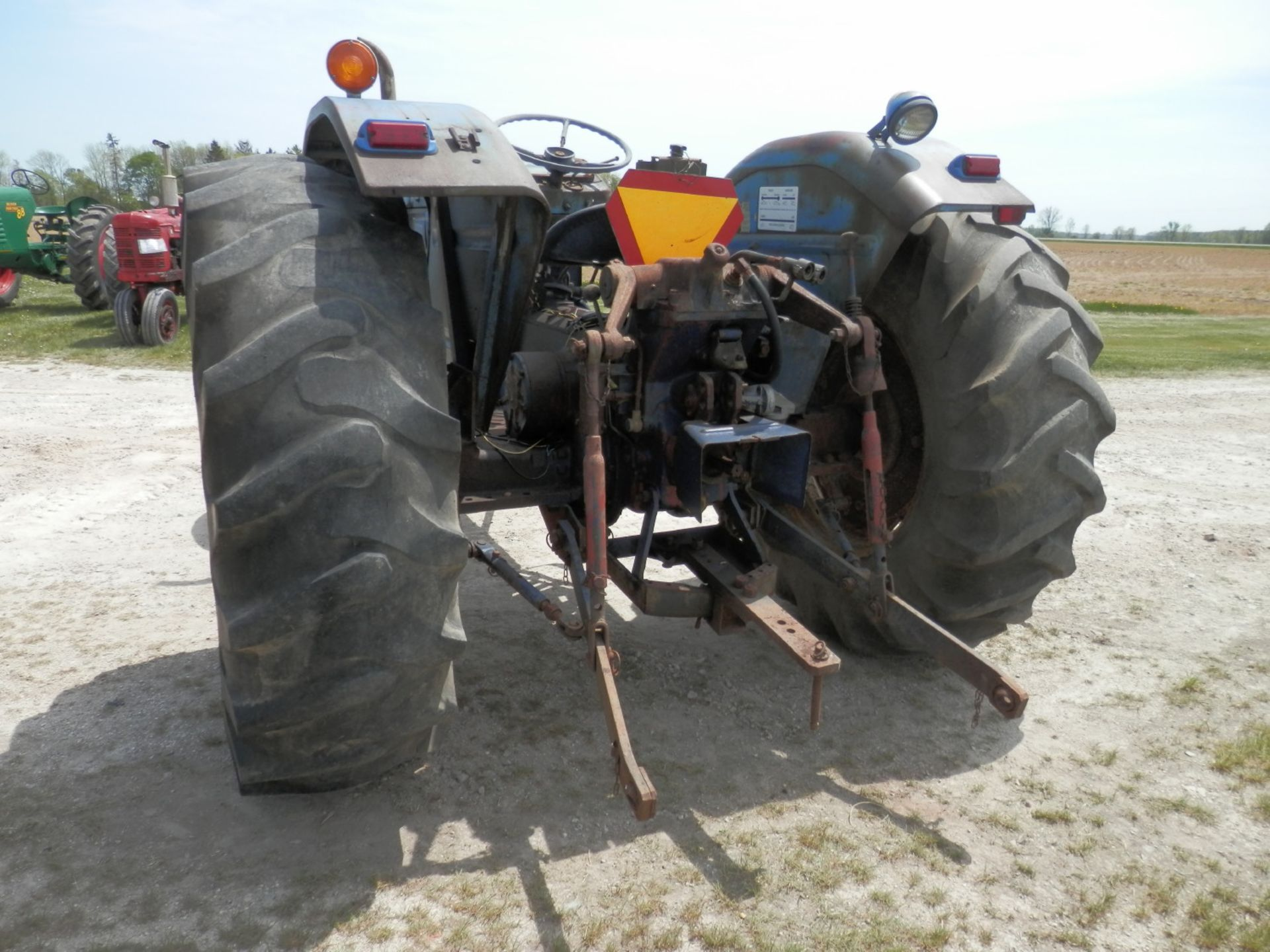LEYLAND 270 DSL. TRACTOR - Image 4 of 8