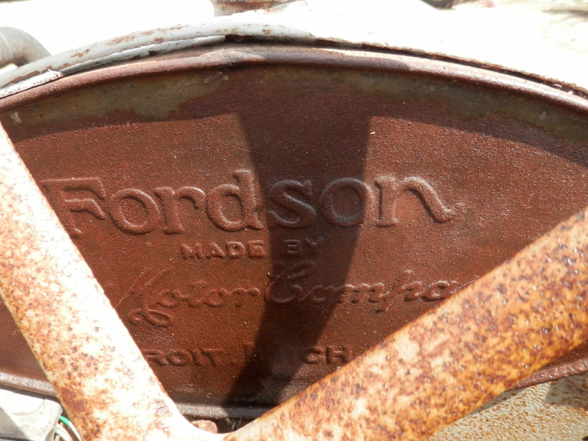 """FORDSON """"DONKEY"""" TRACTOR - Image 6 of 10"""