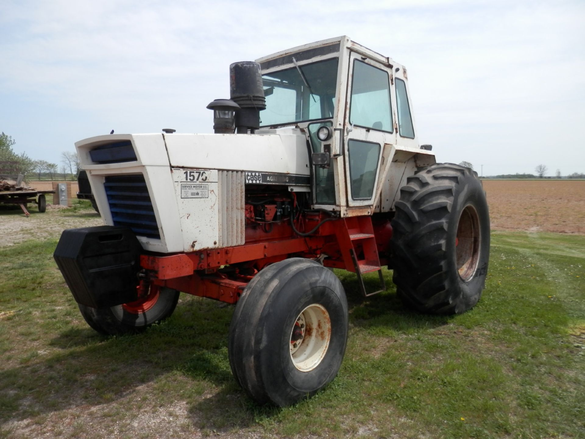 CASE 1570 AGRI KING TRACTOR - Image 6 of 8
