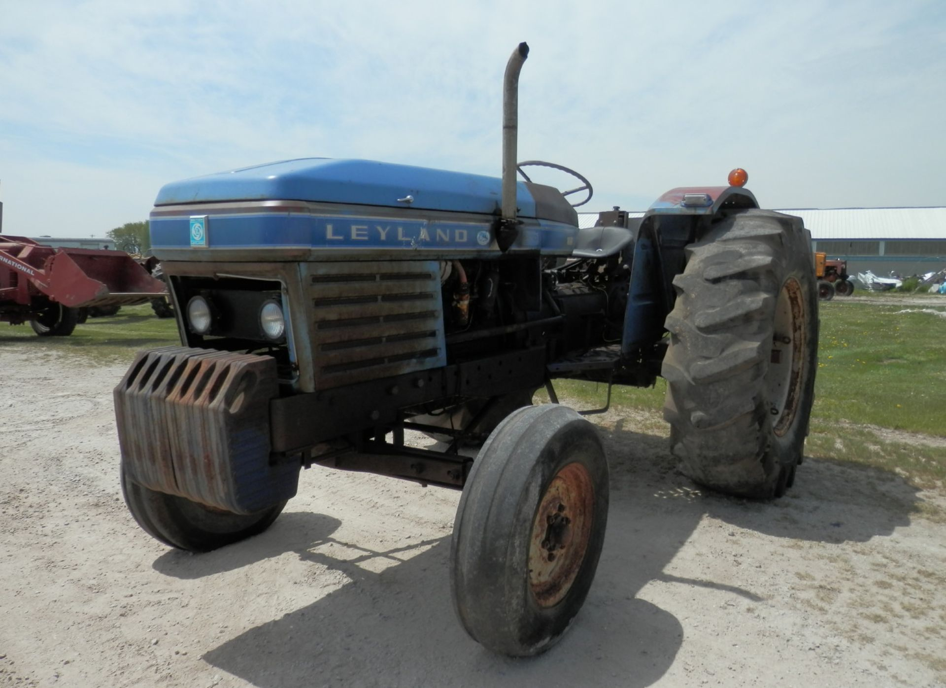 LEYLAND 270 DSL. TRACTOR - Image 3 of 8