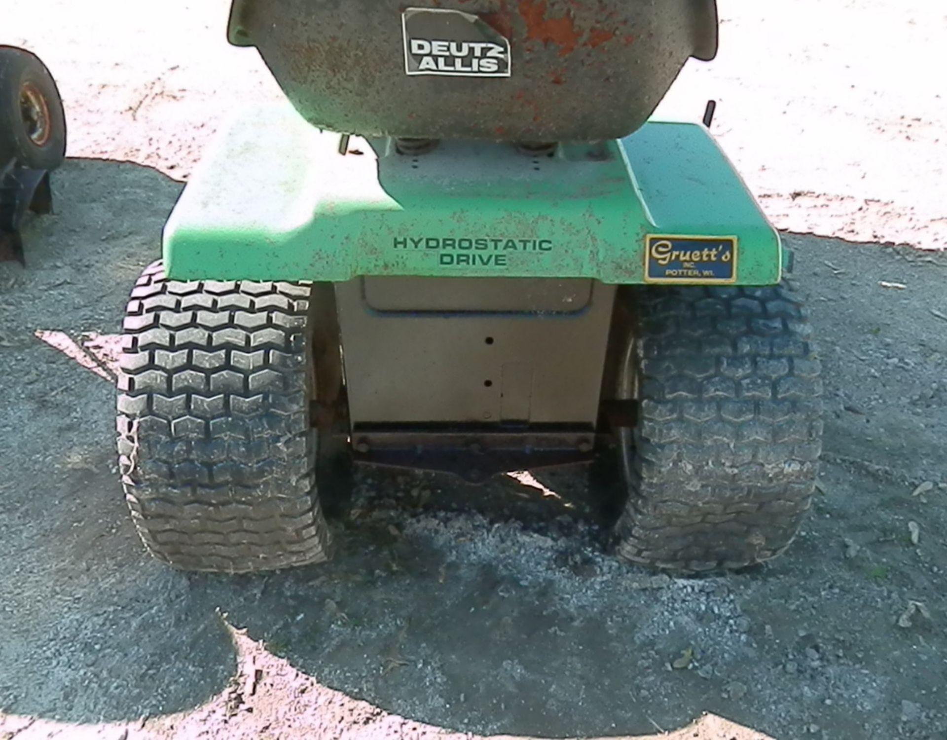DEUTZ ALLIS 613 HYDRO LAWN TRACTOR - Image 4 of 5