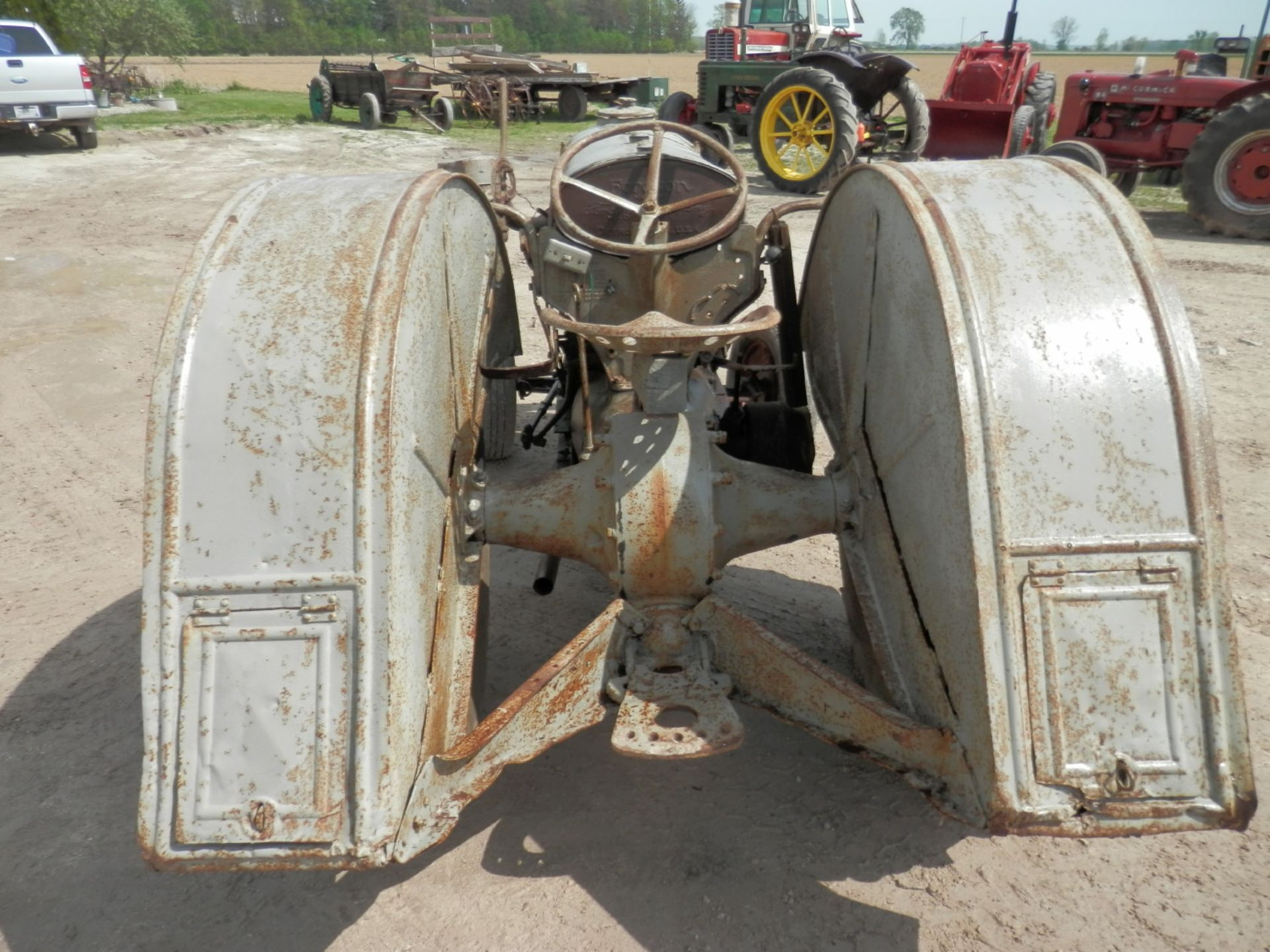 """FORDSON """"DONKEY"""" TRACTOR - Image 5 of 10"""