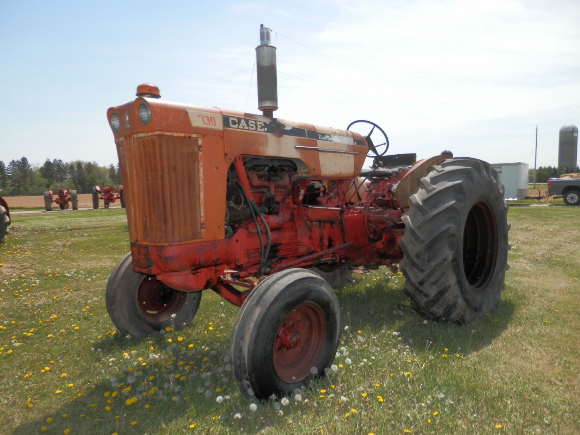 JI CASE 730 GAS TRACTOR - Image 3 of 10