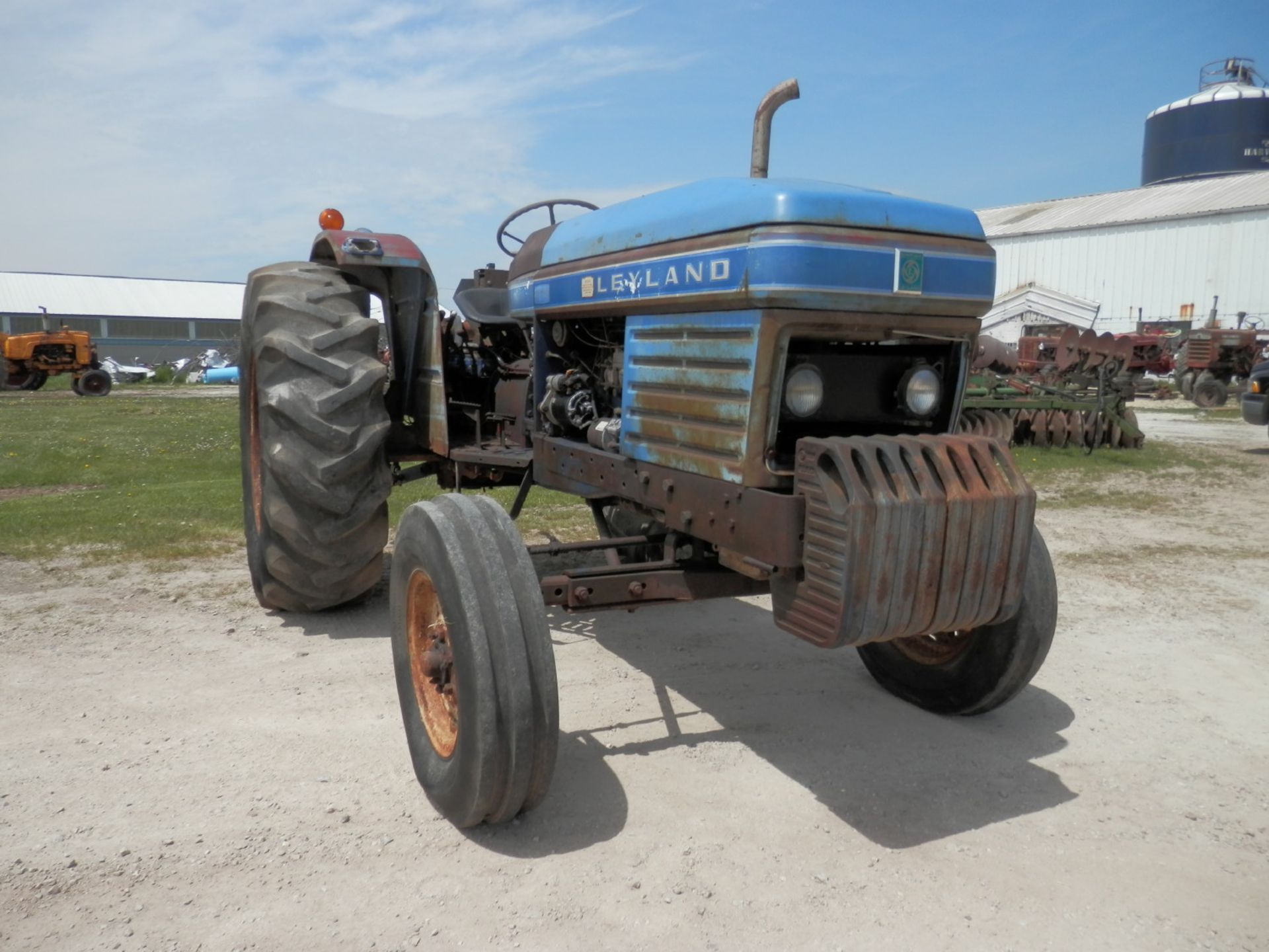 LEYLAND 270 DSL. TRACTOR - Image 2 of 8