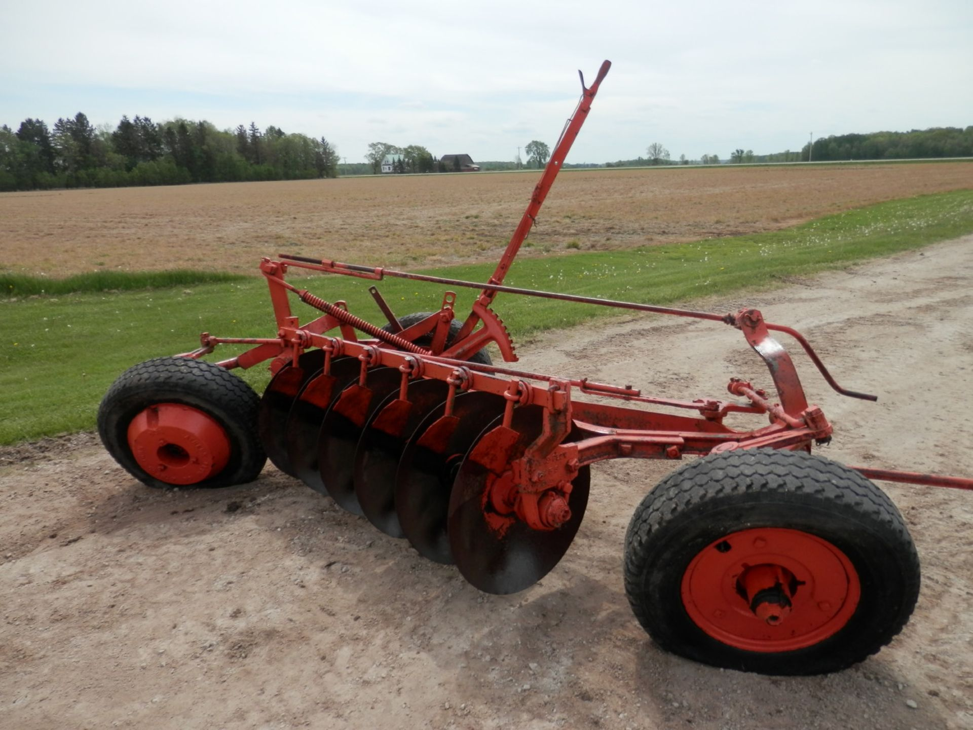 ALLIS CHALMERS DISC PLOW - Image 4 of 6