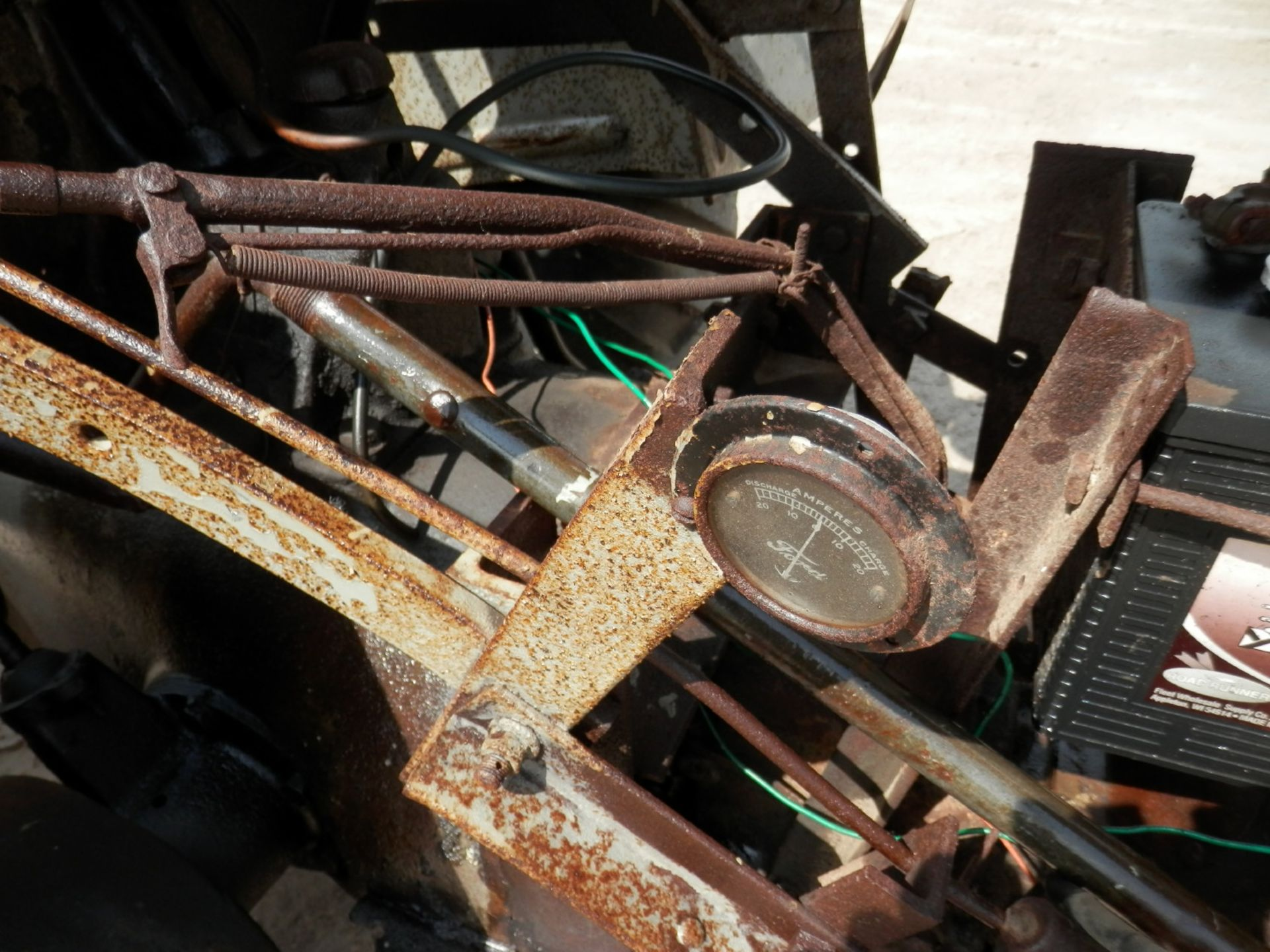 """FORDSON """"DONKEY"""" TRACTOR - Image 10 of 10"""