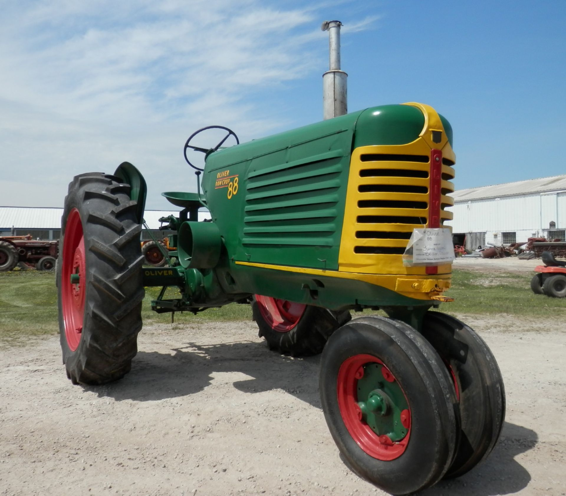 OLIVER 88 ROW CROP TRACTOR - Image 3 of 10