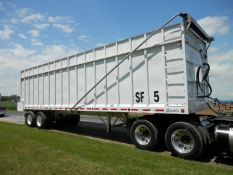 GREAT LAKES 36' LIVE FLOOR FORAGE TRAILER VIN: 1G9CR36229S139048