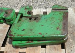 JOHN DEERE SUITCASE WEIGHTS, OLDER STYLE SELLING CHOICE PER WEIGHT