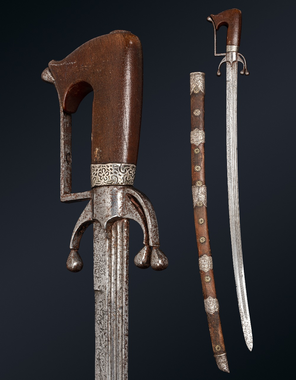 Superbe Nimcha signée Al-Baghdadi [al-Sabrawy ?]Maroc, datée 1224H . (=1808)Epée à poignée en